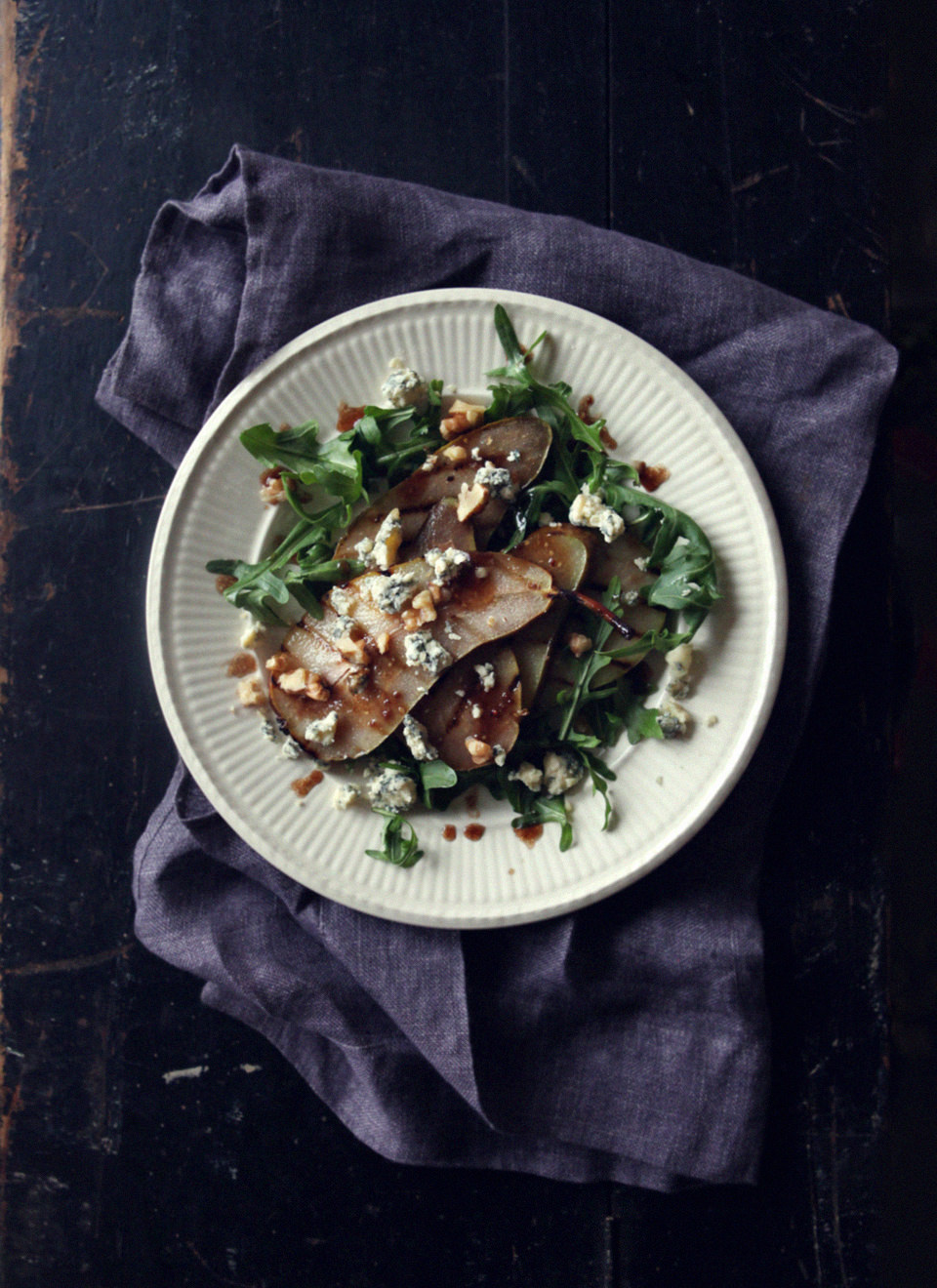 Grilled-Pear-and-Blue-Cheese-Salad-2