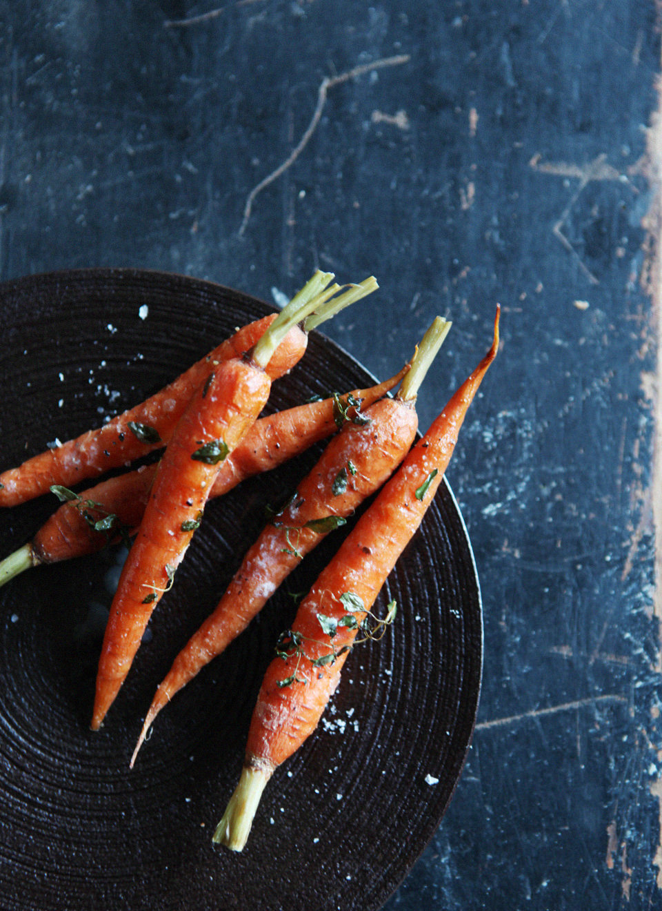 Roasted-Carrots-with-Thyme-2