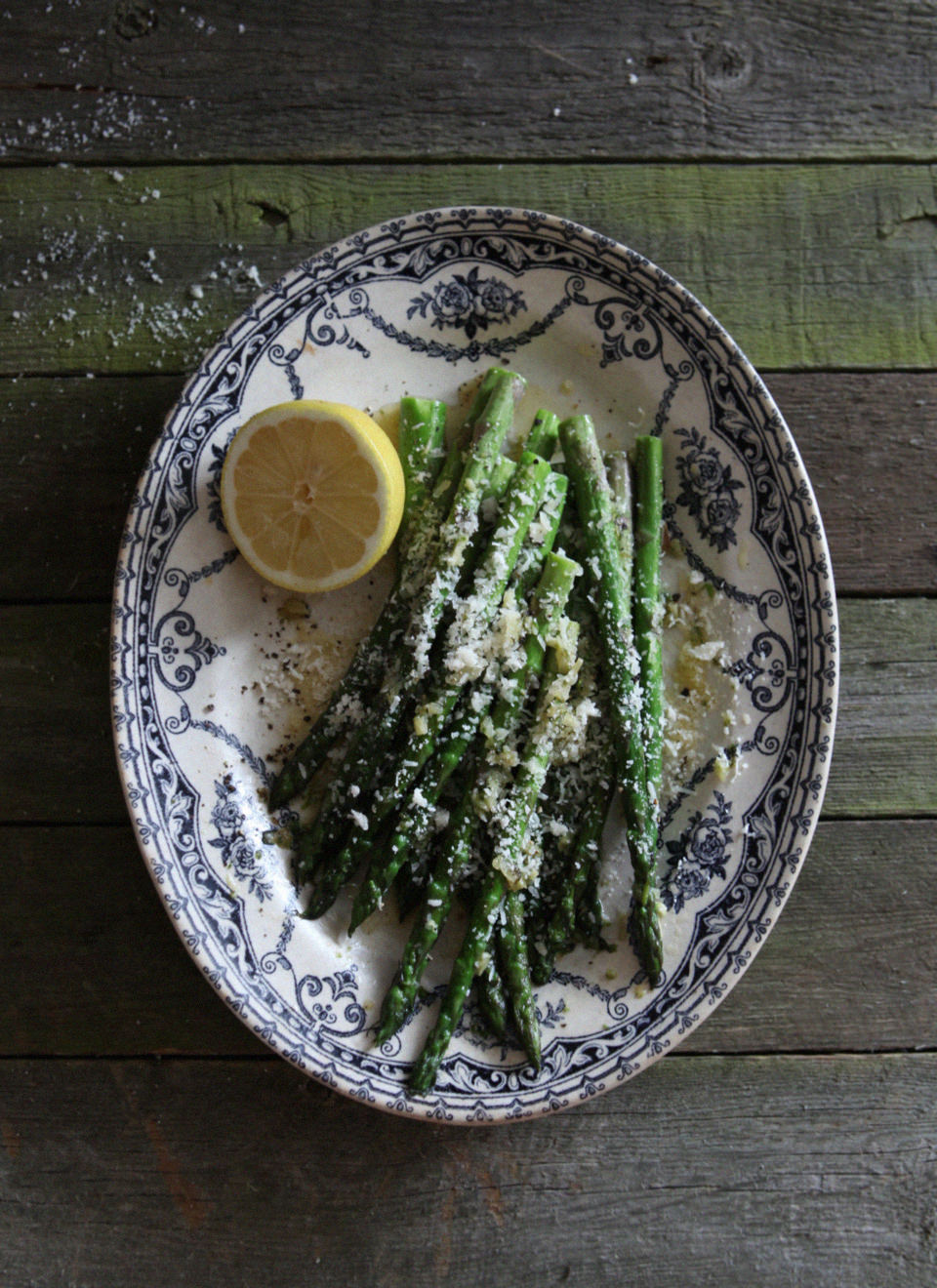 Sauteed-Asparagus-with-Garlic-Butter-&-Parmesan-Cheese-2