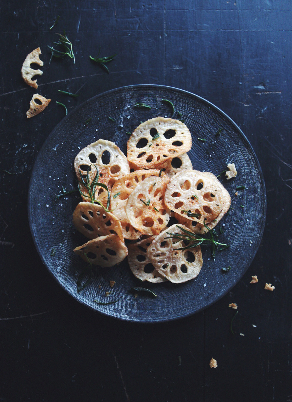 lotus-root-chips-with-rosemary_2